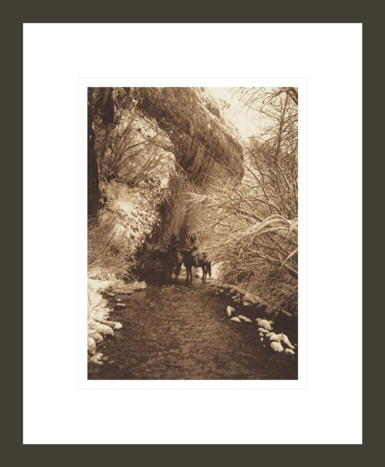 Approaching Winter - Apsaroke (The North American Indian, v. IV. Cambridge, MA: The University Press, 1909)