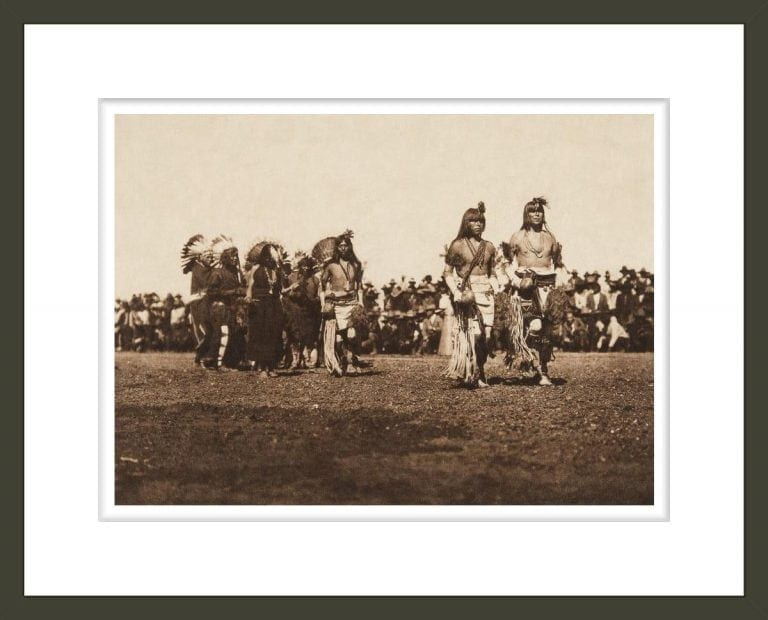 Picuris harvest dance (The North American Indian, v. XVI. Norwood, MA, The Plimpton Press)