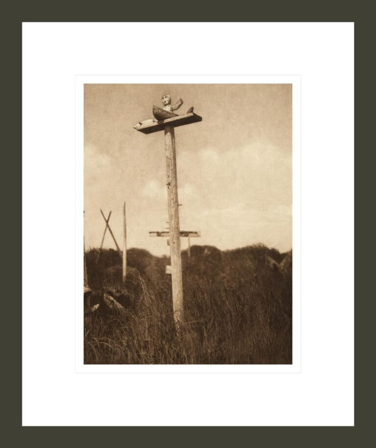 A Grave-post - Hooper Bay (The North American Indian, v. XX. Norwood, MA, The Plimpton Press)