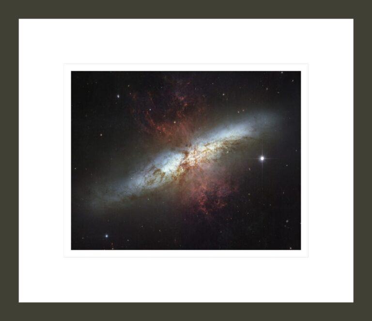Messier 82(also known asNGC 3034,Cigar GalaxyorM82)