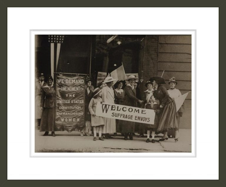[Suffrage envoys from San Francisco greeted in New Jersey on their way to Washington to present a petition to Congress Suffrage envoys from San Francisco greeted containing more than 500,000 signatures.]