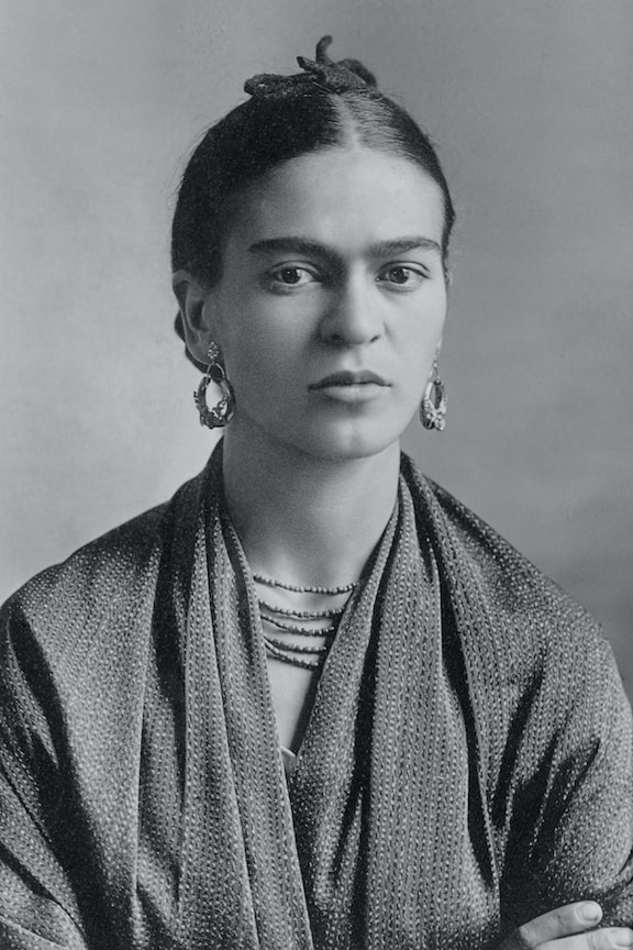 Frida Kahlo photo by Guillermo Kahlo